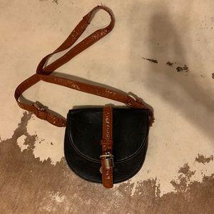 Side/Cross body purse 👜 👛